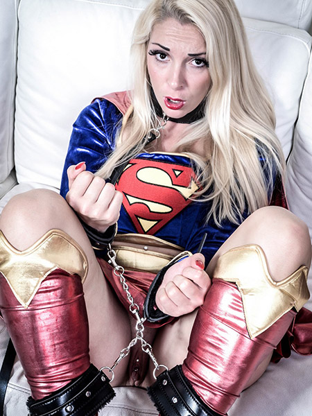 Preview CosPlay Babes - Captured Superhero
